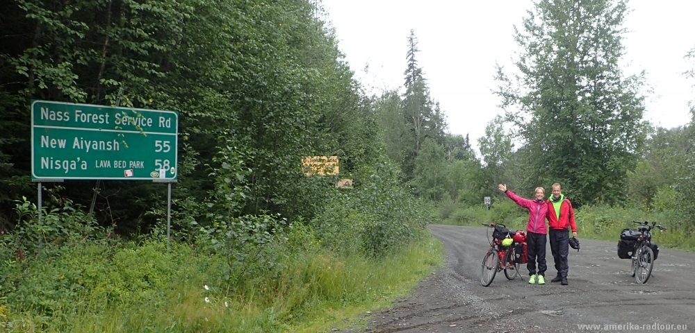 British Columbia and Yukon by bicycle: stage 03/2017 from New Aiyansh / Gitlaxt'aamiks to Jigsaw Lake (and Mezadin Junction)  via Nisga'a Highway and Cassiar Highway.